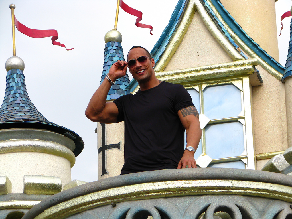 Dwayne_Johnson_interview_at_HK_Disneyland