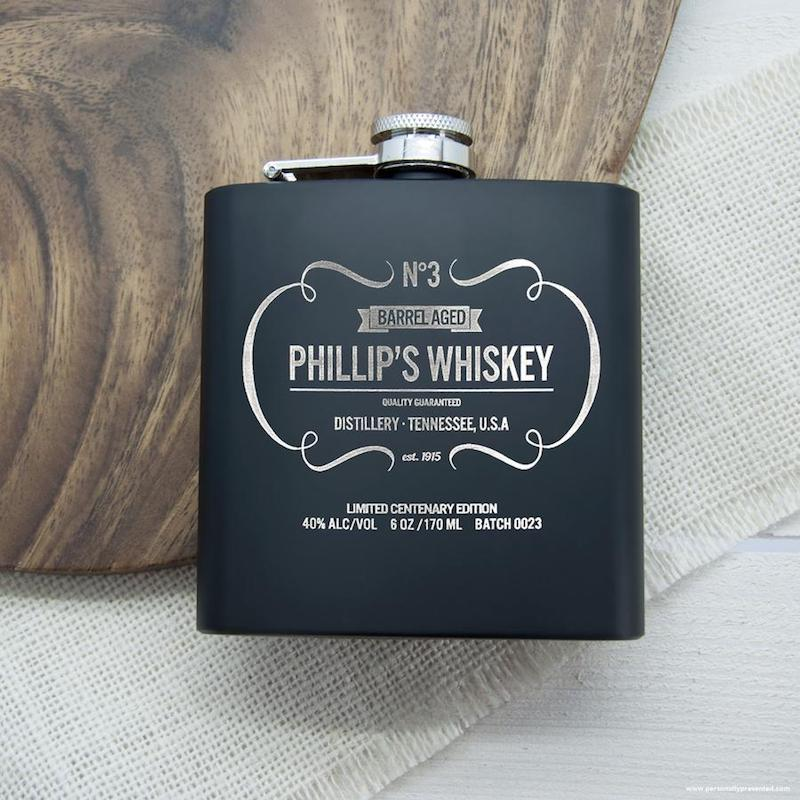personalised-whiskey-vintage-hipflask--per955-001_900x900